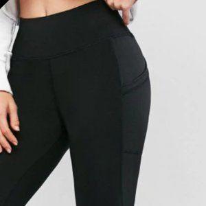 Pants & Jumpsuits - High-Waisted Skinny Pocket Leggings (Black)